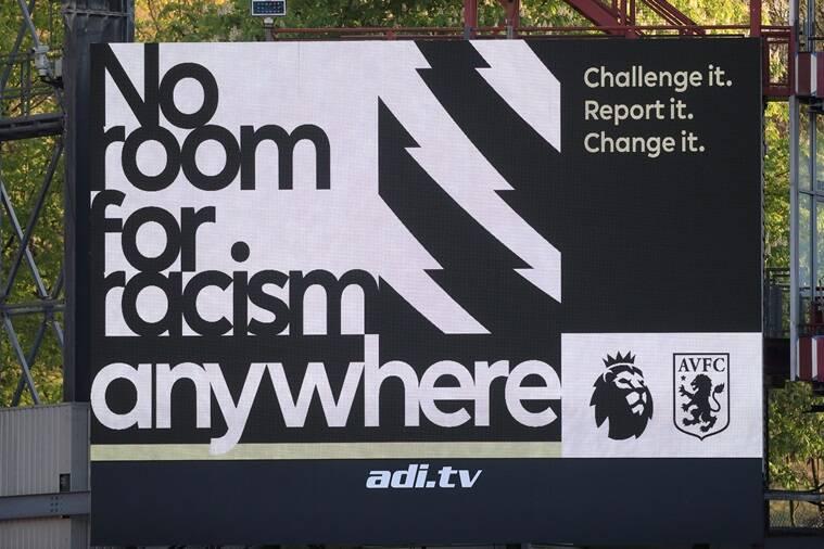 Banner kampanye No Room for Racism di stadion Aston Villa